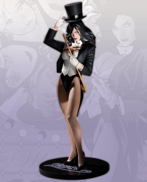 DC Comics :: Cover Girls of the DC Universe - Zatanna Statue D_570310