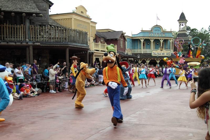 TR Walt-Disney World,Universal Studios, Et Daytona 500 Février 2013   - Page 6 Dpp26023