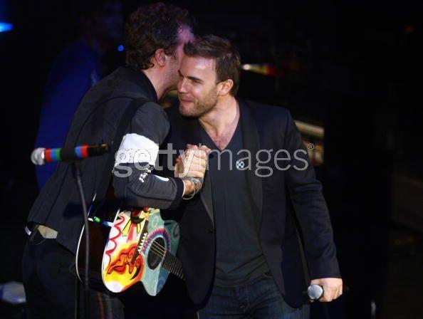 War Child concert (18.02.09) Gary/Coldplay Chrisa10
