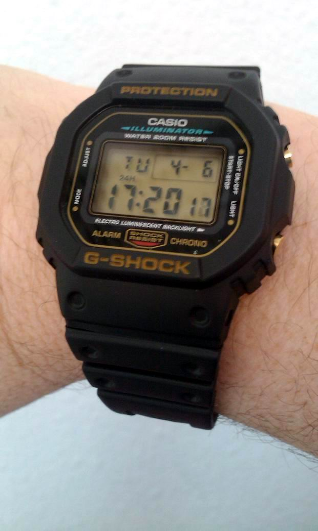 casio - Petite CASIO G-SHOCK DW-5600 édition Gold Imag0239
