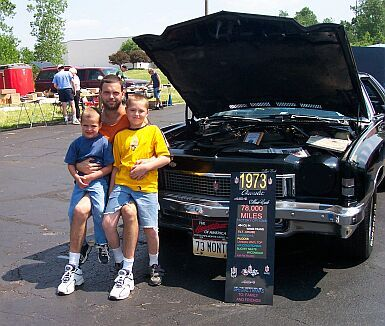 pics of the real owner of the olds Meboys10