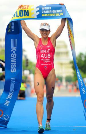 Une info qui va faire trembler la planète triathlon - Page 2 Emma_m10