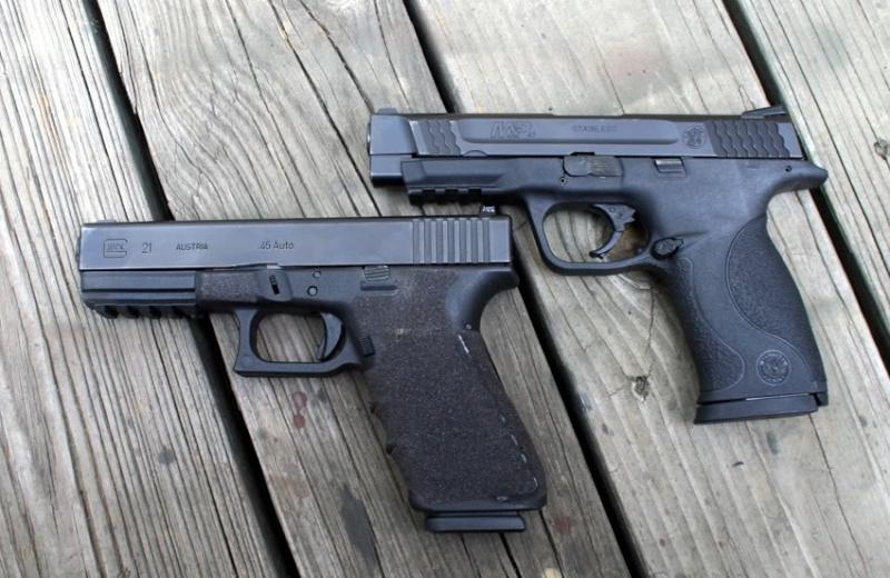 EDIT: Smith & Wesson M&P ou Glock Que choisir ? G21sfm10