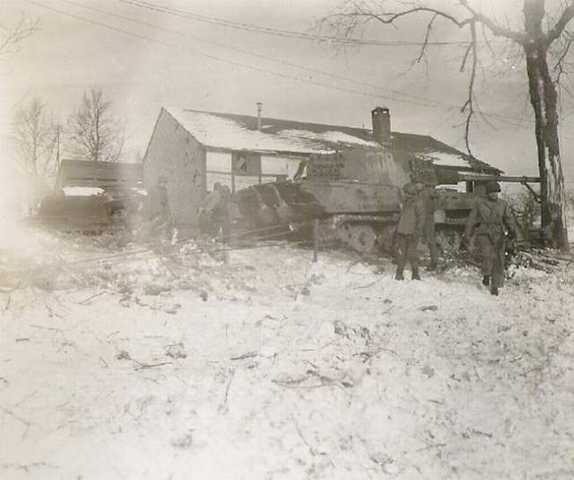 Panzerkampfwagen VI Königstiger ou Tigre II 008sig10