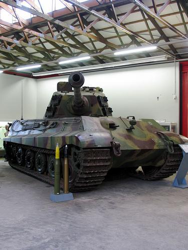 Panzerkampfwagen VI Königstiger ou Tigre II 29391210