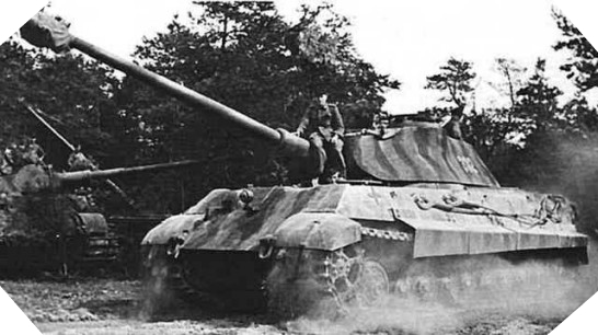 Panzerkampfwagen VI Königstiger ou Tigre II Char_k10