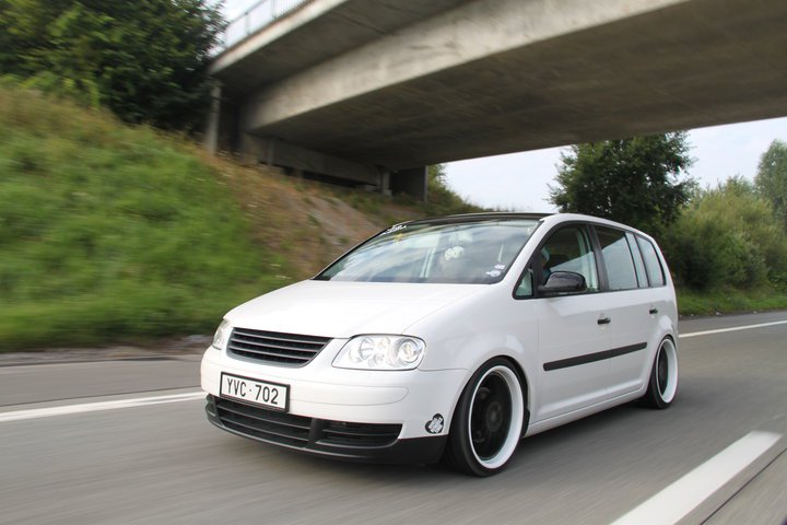 [ VW ] TOURAN 68378_10