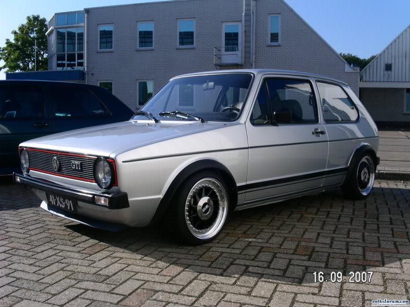 [ VW ] GOLF MK1 - Page 2 Img-1210