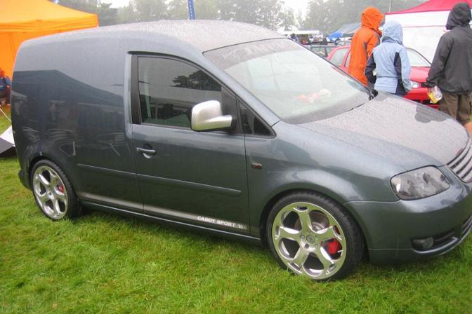 [ VW ] GOLF CADDY pick up / tolé - Page 2 V111010