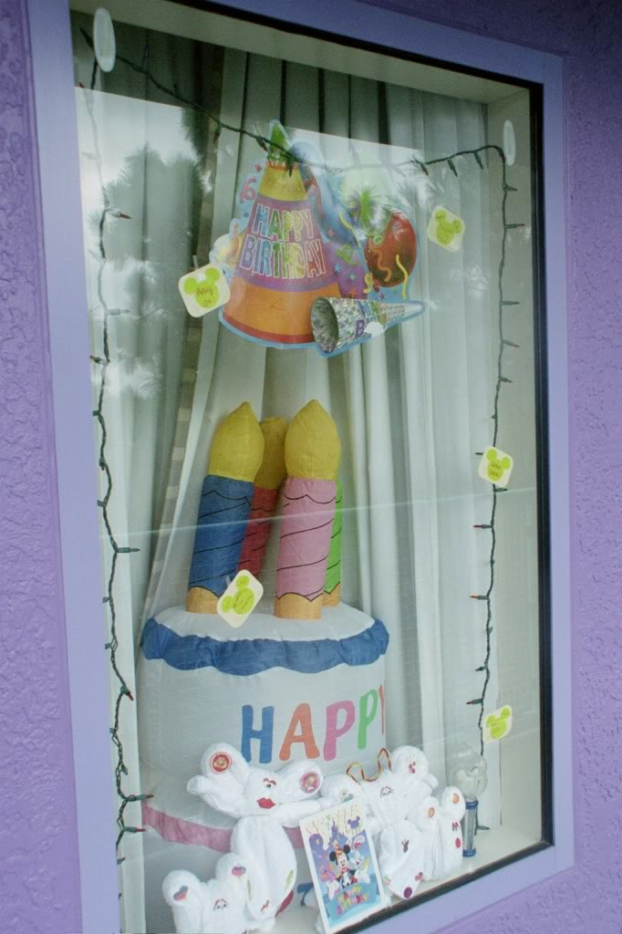 Window decor @ Disney Bday10