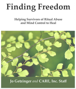 """Extrait du livre """"Finding Freedom"""" à propos des groupes Maçonniques pratiquant Sévices Rituels & Contrôle Mental Captur15"""
