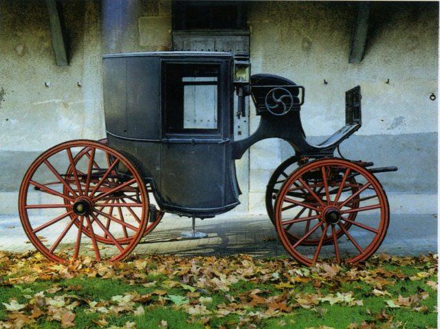 Exposition Roulez carrosses à Arras - Page 3 Coupa_10
