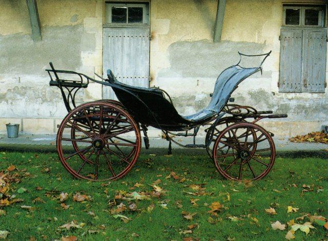 Exposition Roulez carrosses à Arras - Page 3 Duc_de10