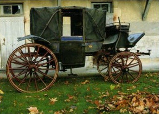 Exposition Roulez carrosses à Arras - Page 3 Landau10