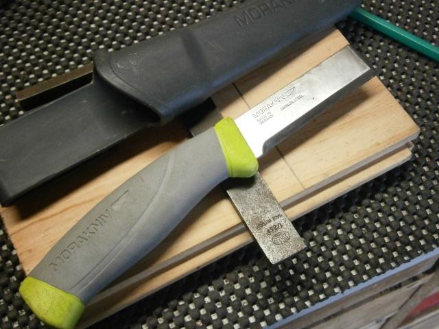 [Fabrication] tranchet / couteaux de traçage   P2170013