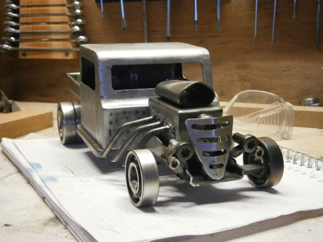 [fabrication] Hot Rod miniature ... P4110010