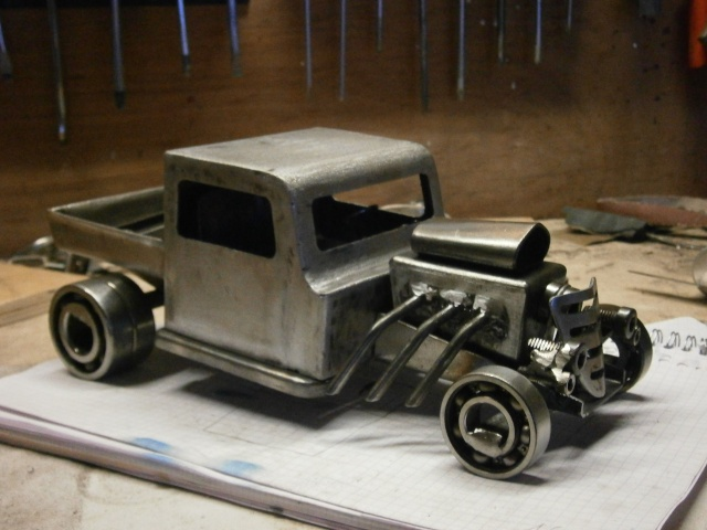 [fabrication] Hot Rod miniature ... P4110011