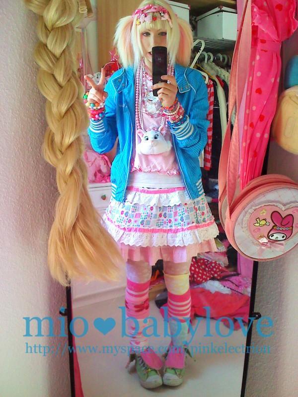 Moda Lolita~ (Moda solo para chicas.. Y para chicos también) L_f14610
