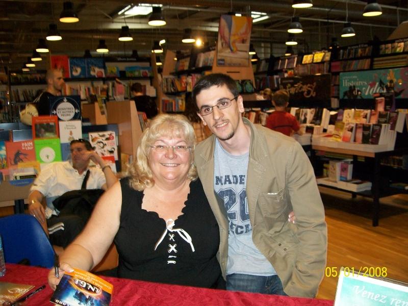 Ma renocntre avec l'ecrivain , Anne Robillard 100_0814