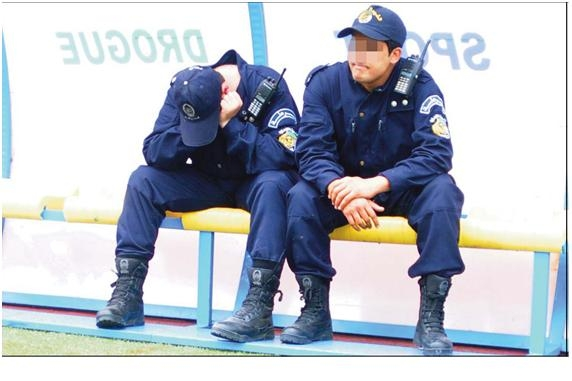 صور الشرطة الجزائرية............... Nouvel11