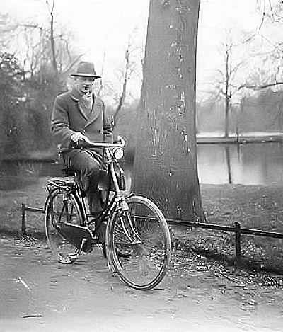 """""""La bicicletta nel tempo"""" - Pagina 4 1930_10"""