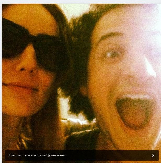 [candids]Jared Leto, Emma et Jamie à l'aéroport de Los Angeles - 20 avril 2013  Captur11