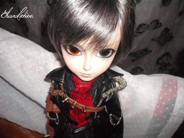 TaeYang Gyro (Août 2010) Klaus10