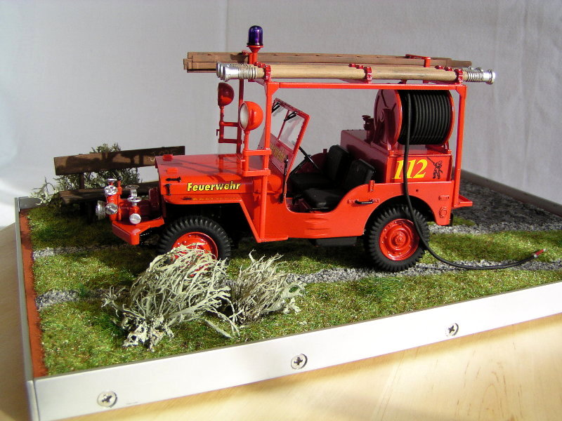 Fire Jeep Italeri 1:24 07810