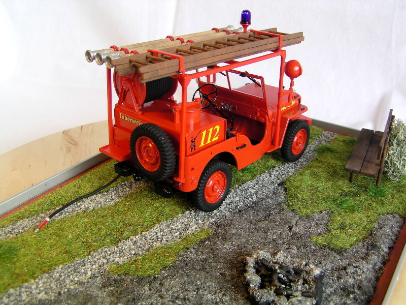 Fire Jeep Italeri 1:24 07910