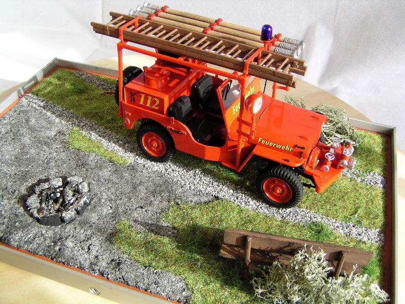 Fire Jeep Italeri 1:24 08110
