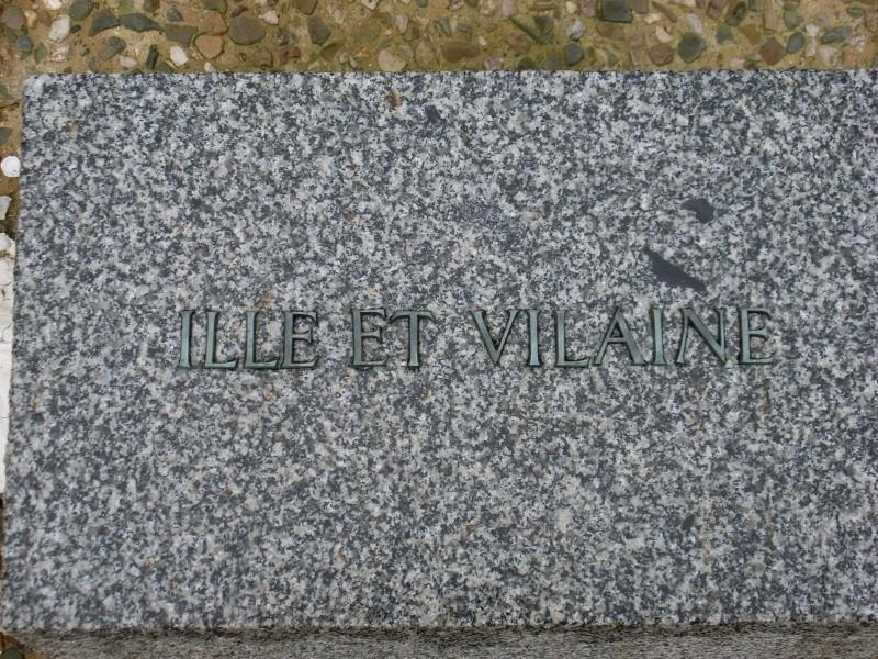 Cimetière Militaire Allemand du Mont de Huisnes (50) Week_e16