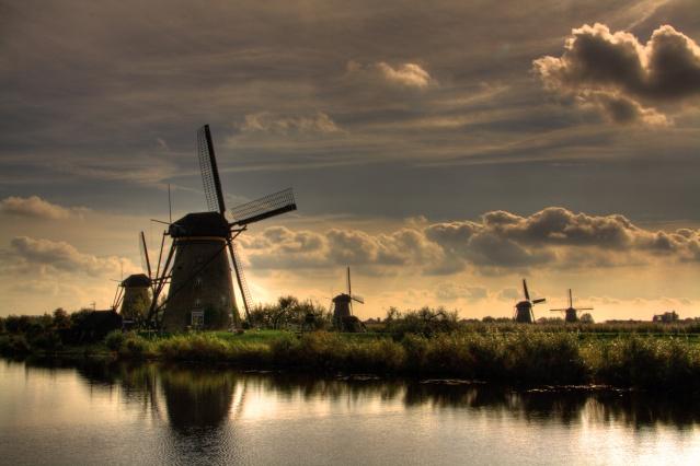 Windmills & skies Kinder10