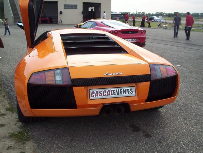 quelques belles auto un tout petit peu sportive 100_3118