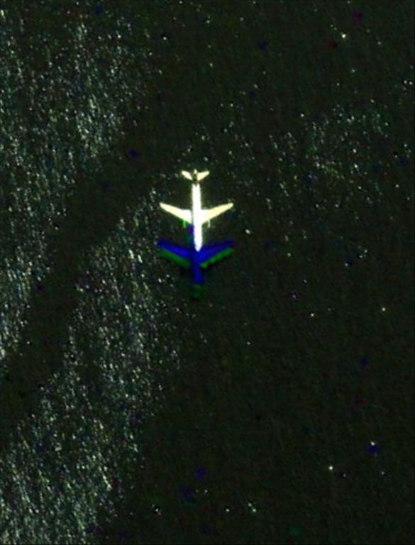 Les avions en phase d'atterrissage aperçus sur Google Earth Avioni10