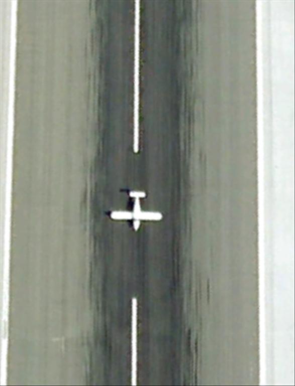 Les avions en phase d'atterrissage aperçus sur Google Earth Avioni11