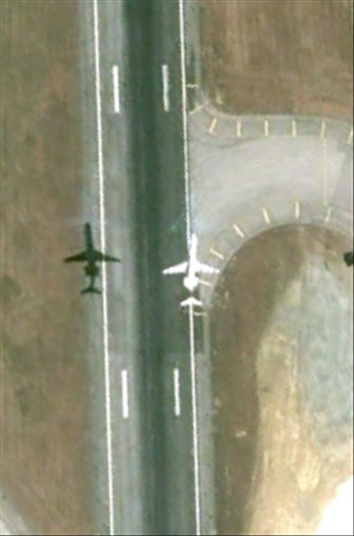 Les avions en phase d'atterrissage aperçus sur Google Earth Avionl14