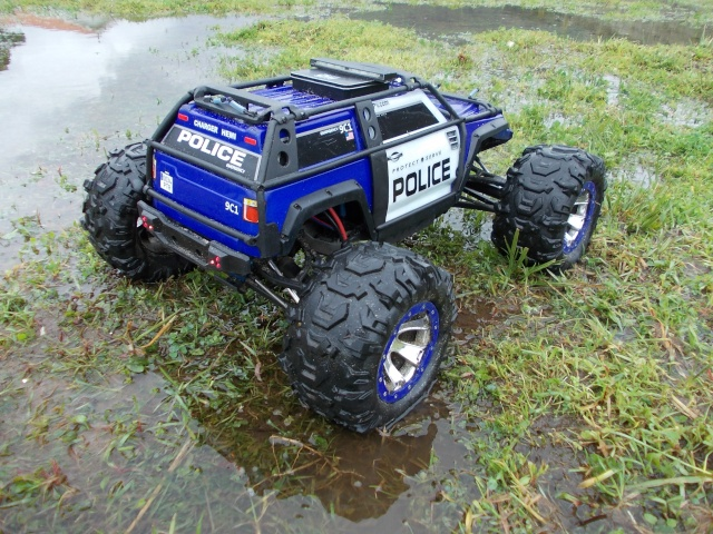 Traxxas Summit 1/10 Police Patrol 910