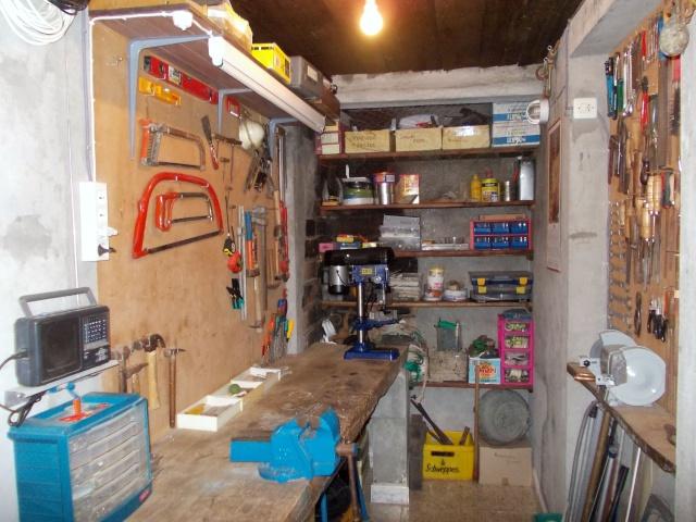 Fotos del lugar donde arreglamos y guardamos nuestros bajas Box-he10