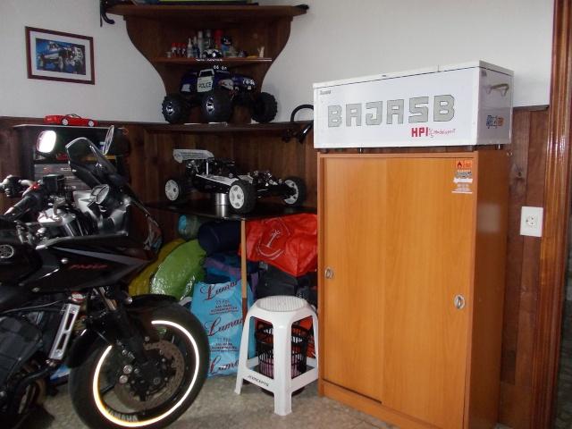 Fotos del lugar donde arreglamos y guardamos nuestros bajas Garaje12