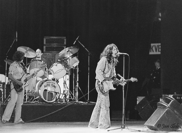 Rory Gallagher Band Mk 2 (1972-1978) - le quartette - Page 3 Image_16