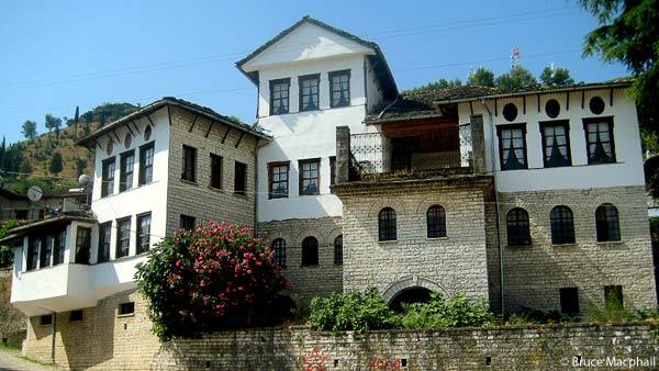 Gjirokastër: Albania's Town of the Stones Wg211