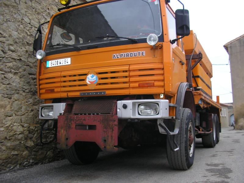 Nouveau compagnon pour mon petit camion . P1010027