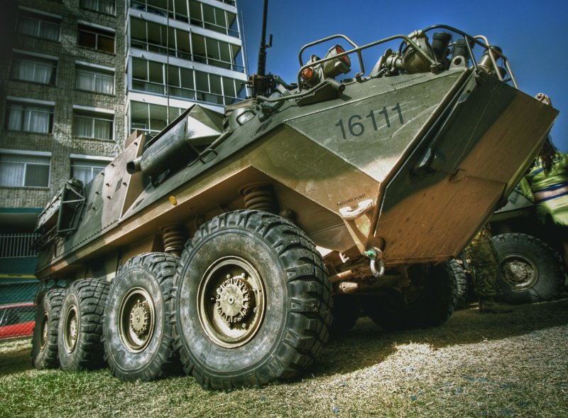 8WD Serious offroader Army_a11
