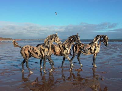 HEATHER JANSCH sculptures-chevaux en bois flotté 20_fev11