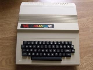 Dragon 32 (Dragon Data ~ 1982) Dscf0312