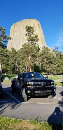 Headed to yellowstone  20190686