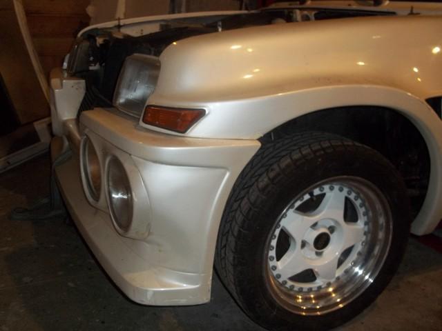 Pas très original, encore une restauration de R 5 turbo Av210