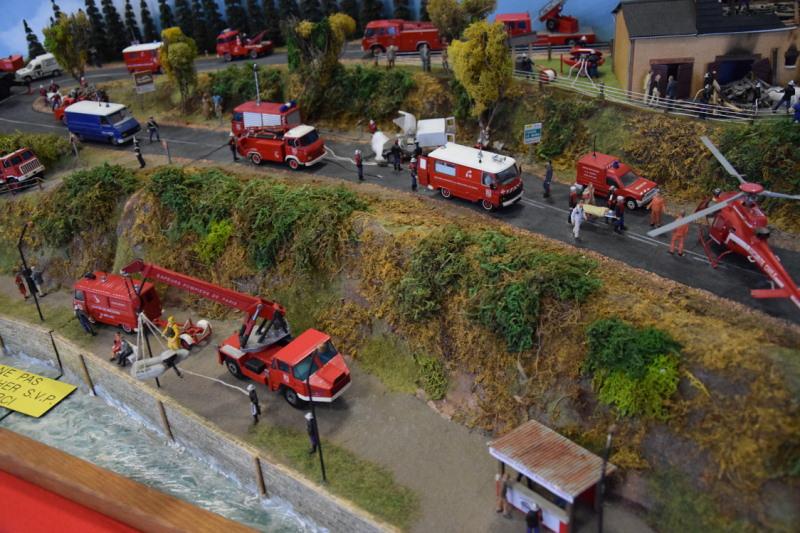 Exposition dédiée aux Sapeurs Pompiers... Pom0110