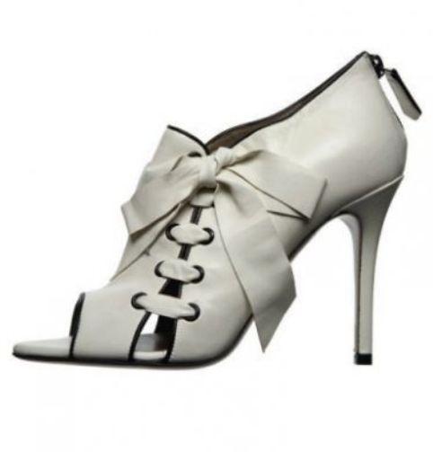 Këpucët e nuses! 1113