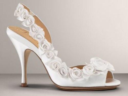 Këpucët e nuses! 1511